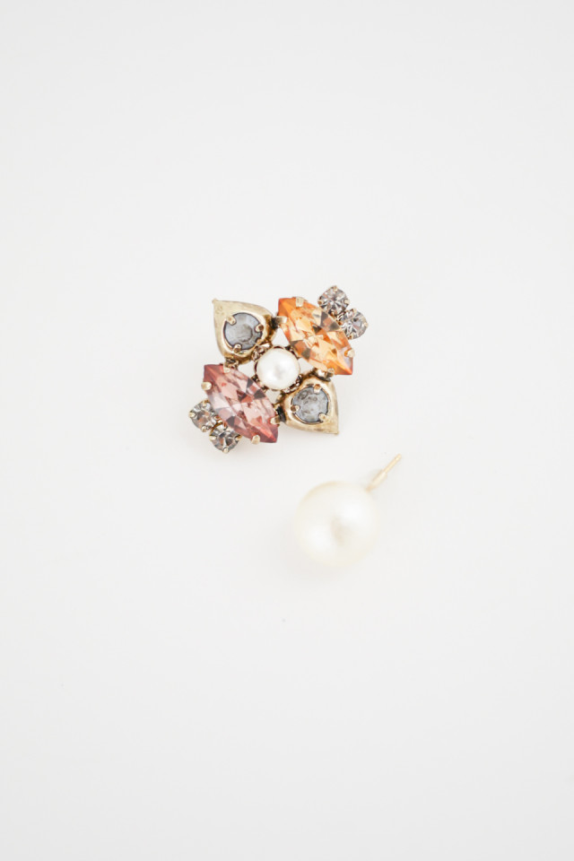 One Side Bijou & Cotton Pearl  Pierce商品画像 3 : PLAY ROOM│プレイルーム公式通販サイト